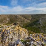 La Rocca con alle spalle la Murgia di Lama Torta dal Garaglione