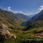 Valle della Meris con il lago Sottano della Sella