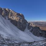 La valle Lupara con il Gran Sasso che fa capolino sullo sfondo