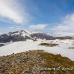 Sguardo dalla vetta verso Monte Pollino e Serra del Prete