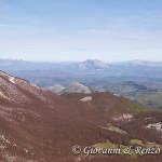 I piani di Vacquarro e sullo sfondo il Monte Alpi e il Monte Sirino