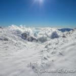 Nuvole si affacciano dal versante calabro