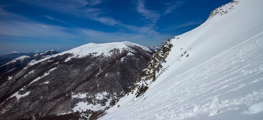 Il Valangone con Serra del Prete sullo sfondo