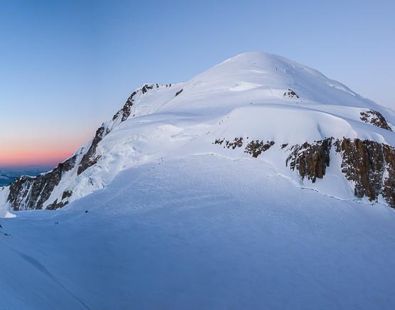 Il Col de la Brenva e la Cima del Monte Bianco