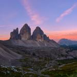 Monte Paterno e le Tre Cime di Lavaredo all'alba