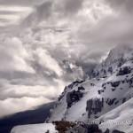 Le pendici Orientali di Serra delle Ciavole tra le nuvole